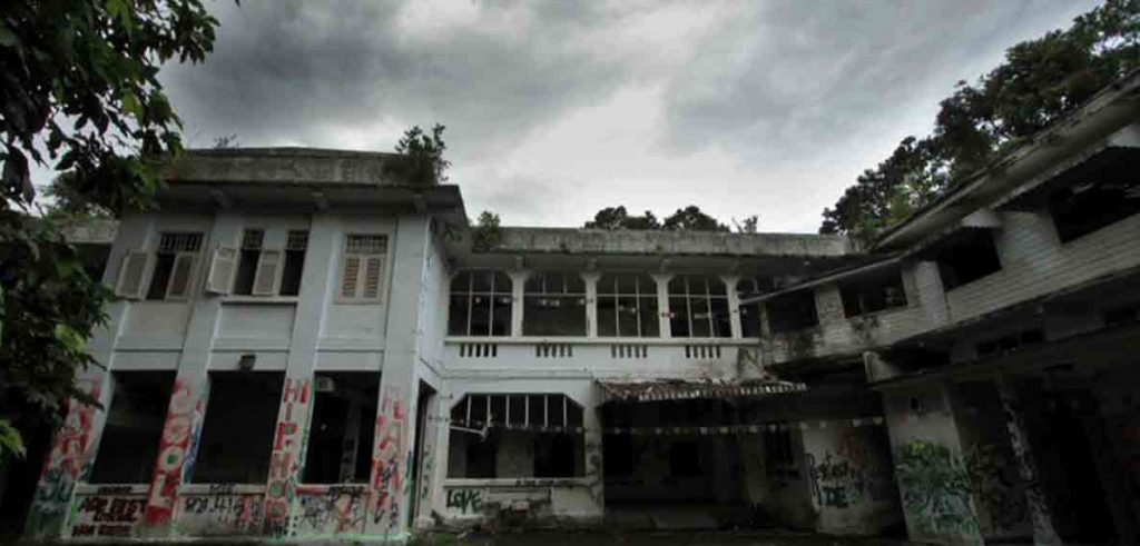 The 10 Most Haunted Places in the World