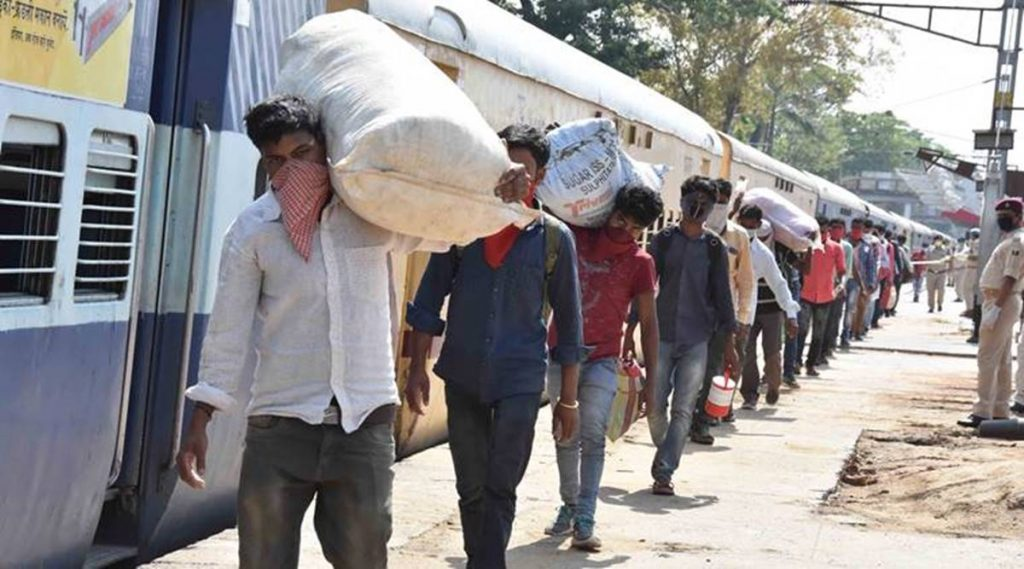 16 migrant laborers killed in Aurangabad