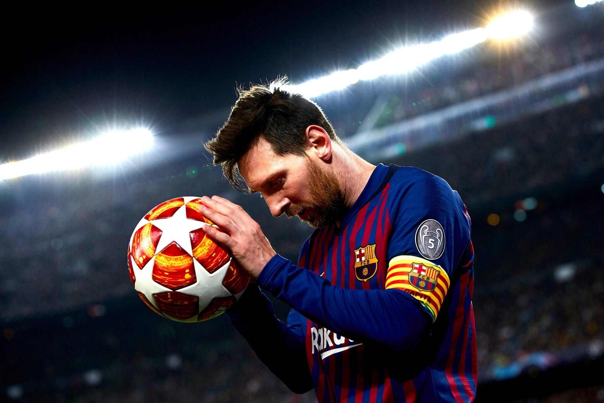 Happy Birthday Messi - Soccer fans from around the world wish happy birthday to lionel messi