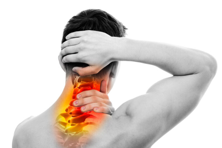 What is cervical pain: What are its symptoms, causes, treatment